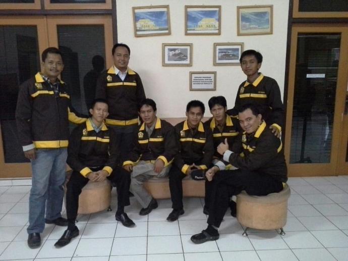 Bersama kawan-kawan kuliah di Pascasarjana